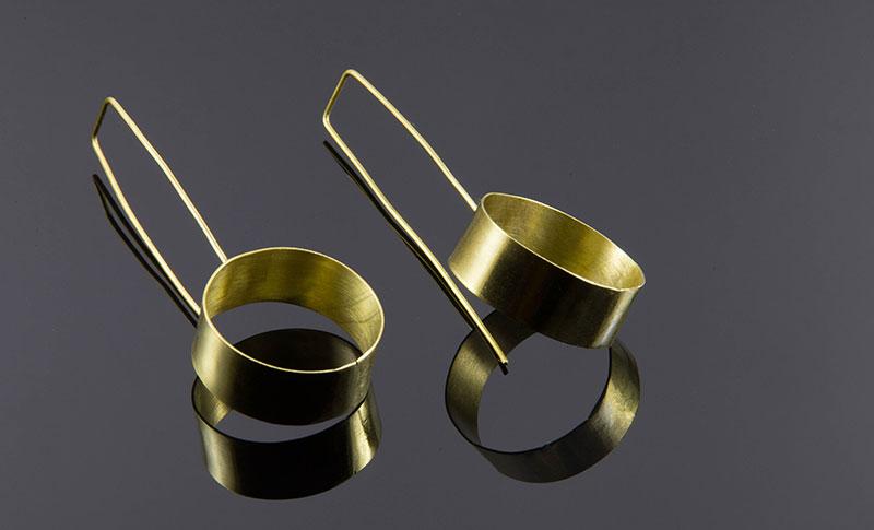 Minimalistički nakit